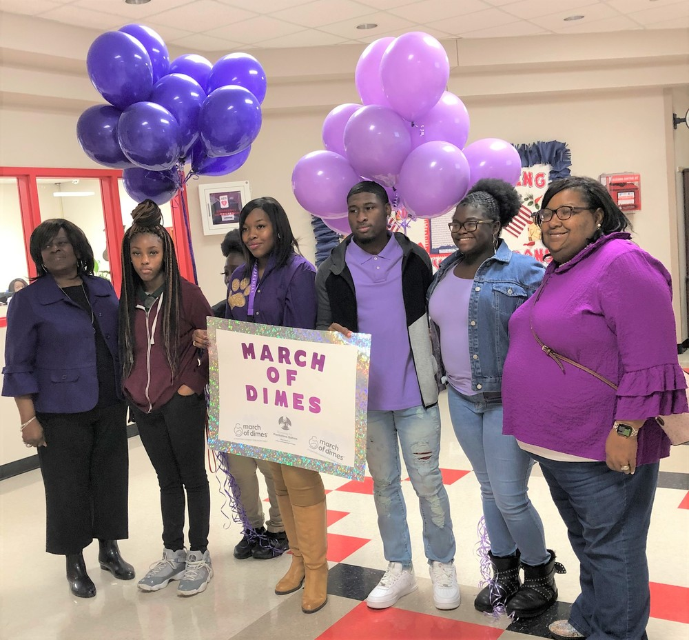 DHS FBLA SUPPORTS MARCH OF DIMES